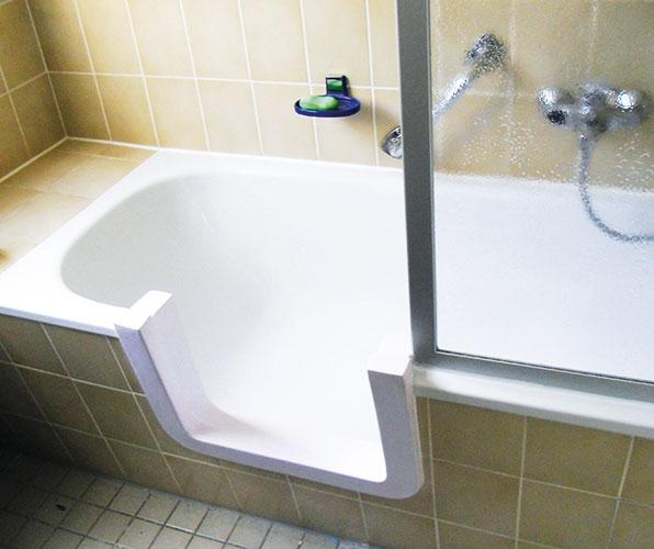 tecnobad sachsen badewanneneinstieg leichter duschen oder baden. Black Bedroom Furniture Sets. Home Design Ideas